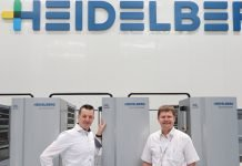 Thorsten Metz and Achim Mergenthaler in the demonstration hall at Heidelberg Qingpu plant. Photo PSA
