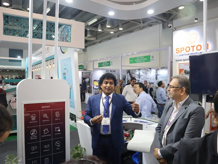 Jayachandra explains the new VeePee app to industry supporters and leading label converters at the LabelExpo India show in Greater Noida
