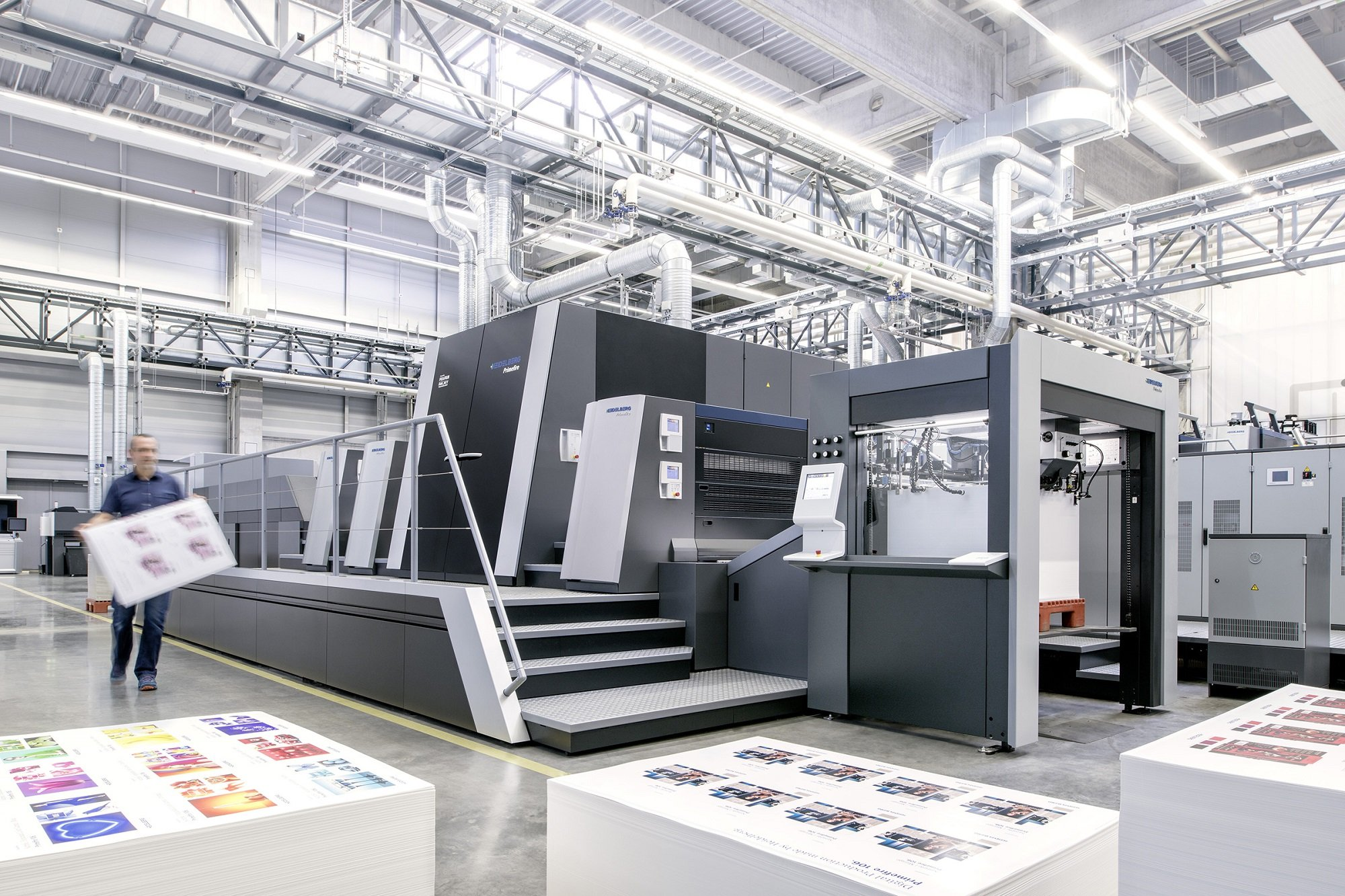 The Primefire 106 is the first industrial digital printing press for packaging in B1 format.