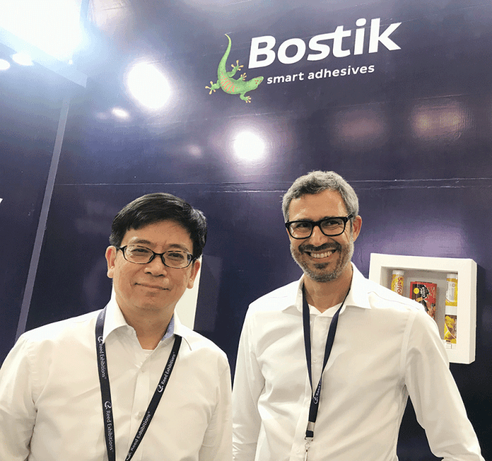 Daniel Thong, regional marketing manager - Flexible Packaging and Wladimir Moraes, marketing manager, Global Flexible Packaging, Bostik. Photo PSA.