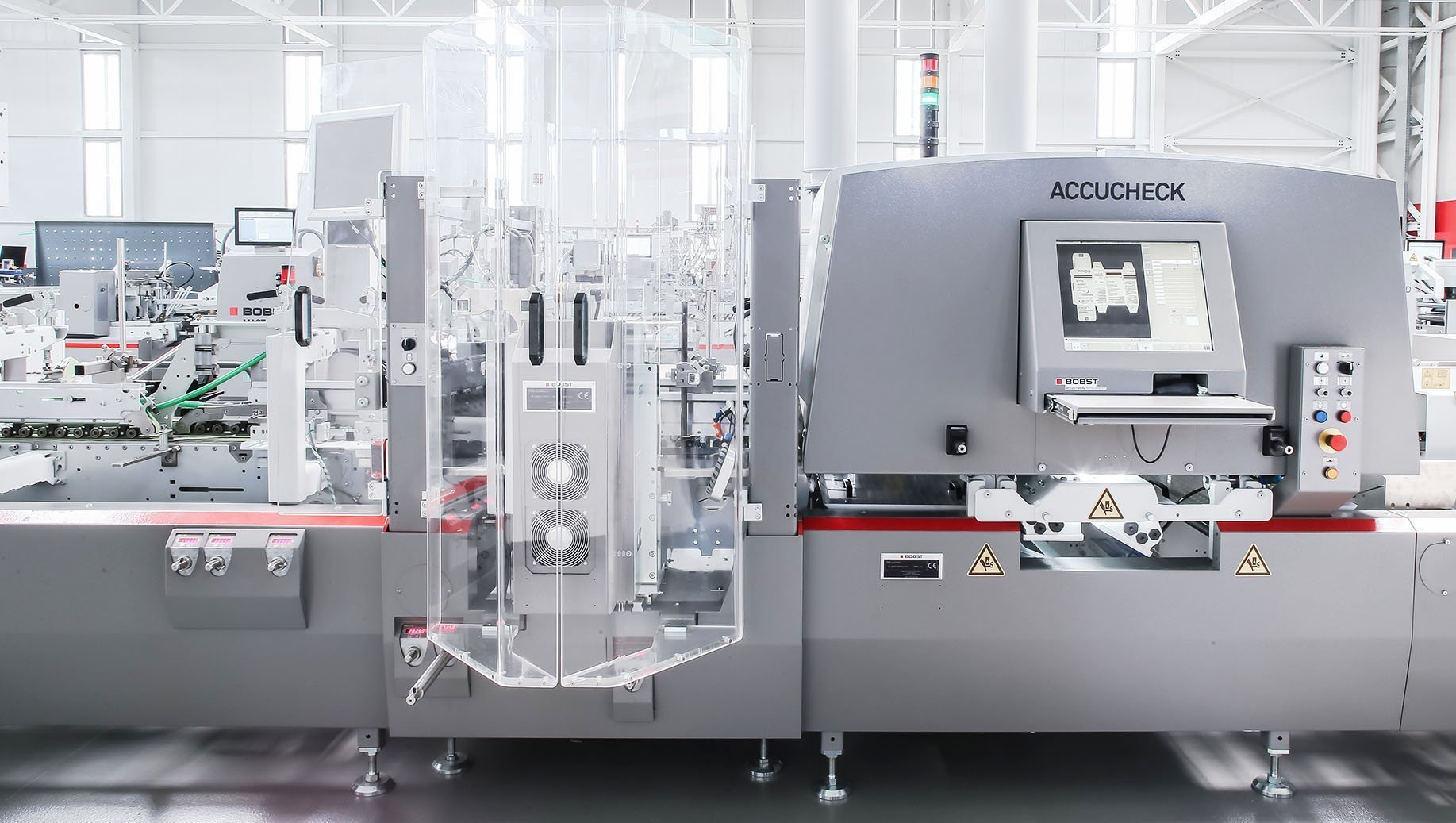 EXPERTFOLD allows one to simultaneously carry out other in-line processes, such as Braille embossing with ACCUBRAILLE GT and quality inspection with ACCUCHECK, making it ideally suited for the pharmaceutical and cosmetic markets