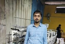 Aditya Jain, director of Hueman Graphics along side the newly installed ES Series folder gluer from Robus India