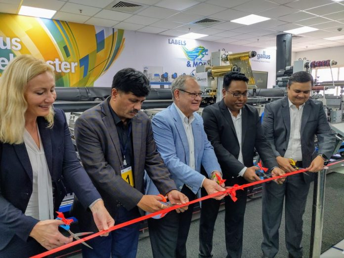 The Gallus Labelmaster 440 being officially inaugurated