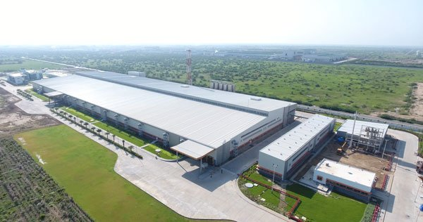The elegant Asepto plant occupies 21 acres of the 72-UFlex site in Anand Photo Uflex