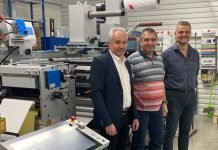 GEW's Bernd Prattl (Sales Manager, DACH) with Martin Chaluš, Owner of FlexON, and Daniel Mencl of Heidelberg