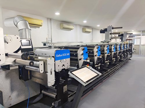 Libako Packaging's new Gallus is installed in a cleanroom environment designed for the most demanding and sustainable specifications of label production. Photo Gallus Ferd. Rüesch